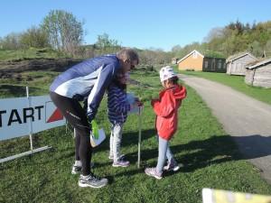 Nestleder Morten Selnes forklarer under årets Finn Fram-dag.